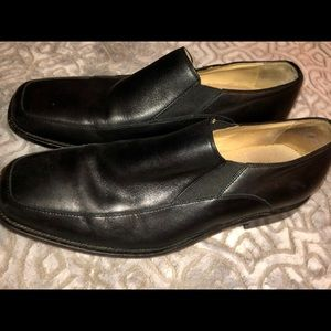 Aston Grey collection black leather loafers